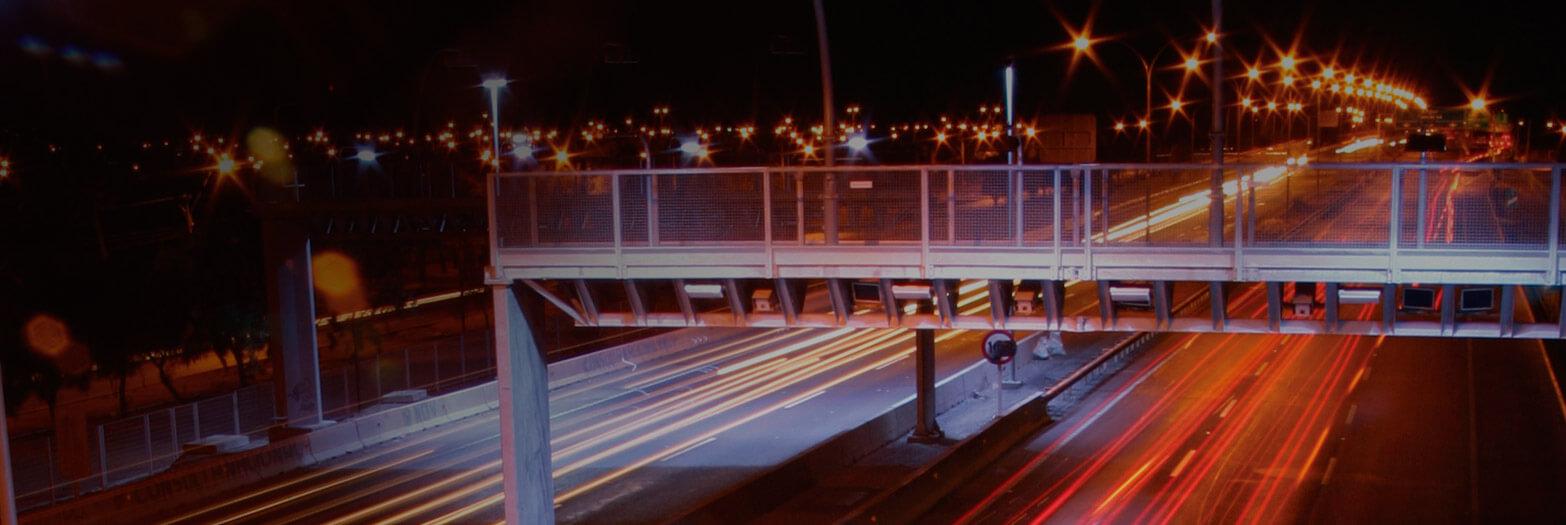 Autopista central oficinas comerciales for Oficinas comerciales
